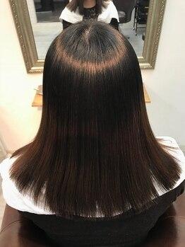 グレーヌ(Graine)の写真/毎月の白髪染めもダメージレスに♪美髪専門店ならではの技術力で、理想の髪色&潤ツヤ髪をご提供◎
