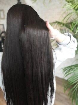 アフィナー(Afinar)の写真/酸熱トリートメント取扱い◎内部から本格補修!髪質改善プラチナTR/Aujua/TOKIOで艶のある柔らかな美髪へ。