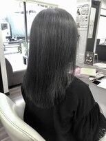 ヴィオレッタ ヘアアンドスペース(VIOLETTA hair&space)カーキアッシュ×チューニング×ミディアム