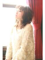【aeru】大人可愛いミディアムグレージュ