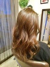 ヘアールーム オハナ(Hair room OHANA)ツヤツヤ外国人風カラー