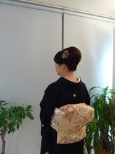 スズラン美容室留め袖に似合う大人女子のアップ:S