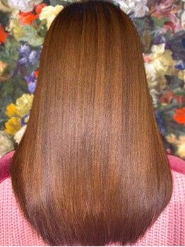 東京美髪研究所 恵比寿本店の写真/【髪質改善】髪のダメージやくせ毛などのお悩みに寄り添い、上質なミネコラTRで潤いのある艶髪へ導きます☆