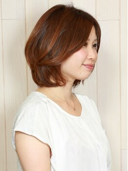 ヘアー ルストレ(Hair Lustre)の写真/うるツヤ髪の決め手となるフルボ酸をたっぷり配合した贅沢カラー☆刺激とダメージを最小限に抑えます☆