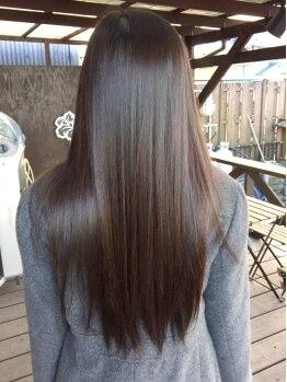 ラウラウヘアーリゾート(Lau Lau hair resort)の写真/ダメージ、乾燥などで広がる髪にも極上のツヤと手触りを!ハホニコ縮毛矯正でさっとまとまるツヤ髪をGET♪