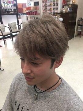 ハイトーンマッシュ:L009786294|ベニ 仙台鈎取店(BENI)のヘア