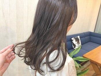 """ジェミニバイサロンドミヨシ(Gemini. by salon de Miyoshi)の写真/カラーにプラスしたケアで触りたくなる旬の""""柔らかい質感""""に導きます♪日々のStylingも楽に…*"""
