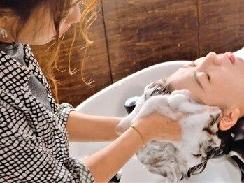 ノウェム バイ シーラス(novem by cirrus)の写真/【市役所前駅から徒歩5分】炭酸泉を取り入れた極上SPA。疲れた頭皮とココロを癒す贅沢なひと時…♪