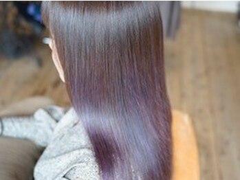 """アルティスコ(artisco)の写真/次世代トリートメント""""エナジー酸熱トリートメント""""が人気◎繰り返し施術することで美髪に導く…♪"""