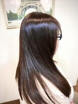 ヘアメイク スコア(Hair Make S CORE)穏やかな雰囲気のナチュラルバイオレット