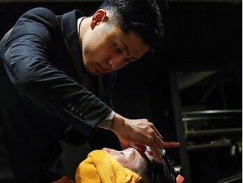 バーバーショップ レガロ(REGALO)の写真/BarBer最大の魅力であるシェービングで男の闘うビジネスシーンをサポートさせて頂きます。