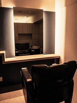 """ミセン(MISEN)の写真/【森下駅徒歩2分】大人のための完全個室のプライベートサロン""""MISEN""""で上質なお時間を。"""