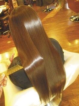 ヘアープロデュース ア ラ モード(Hair Produce A La Mode)の写真/M3D本部直営サロンの強みを生かし、常に最新&最上級のM3Dピコトリートメントをご用意しツヤサラな美髪に☆