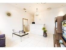 清潔感の溢れる上質空間で、大人のBeauty&Relaxationtimeを…。