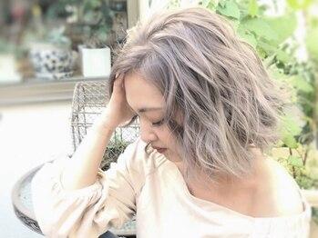 ヘアメイク ゼロサンヨンゴ(Hair Make 0345)の写真/透明感たっぷりな外国人風カラーやグラデーションがズバ抜けて可愛い!!髪質や色の抜け方等分析してご提案☆