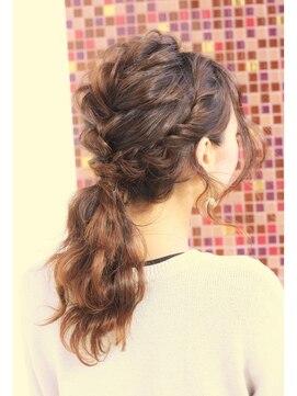 編み込みポニーテールヘアアレンジ(結婚式の髪型) ゴージャスポニーテール☆093-952-8005