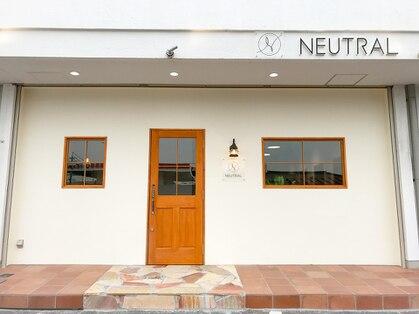 ニュートラル(NEUTRAL)の写真
