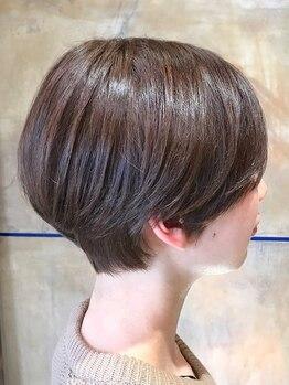 スールエユニック(Seul et unique)の写真/【1本のハサミで創るアーティスティックカット】どんな髪質もしっかりまとまりなりたいスタイルが叶う♪