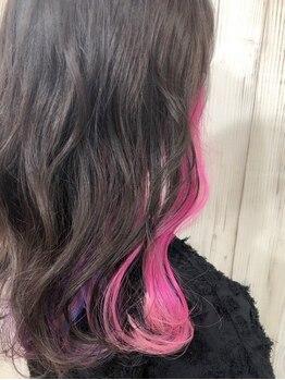 ヘアー ティンク(hair tink'u)の写真/ナチュラルからエッジの効いたスタイルまで☆ケアブリーチ導入でダメージレスになりたいカラーを叶えます♪