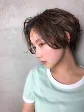 エル(ELLE)【横顔美人】【ハンサムショート】