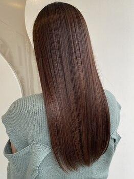"""ラウンジ モリオ イケブクロ(Lounge MORIO Ikebukuro)の写真/お客様の髪に今一番必要なケアをご提案♪髪本来の輝きを保った毛先まで絡まない""""理想の美髪""""を叶えてくれる"""