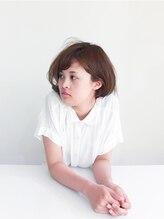 トレパルッキエーレサカイ(tre parrucchiere sakai)〔-tre-〕ふんわりボブ