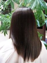手触り柔らか☆SORAの大人艶縮毛をご紹介します。