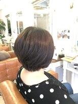 ファミーユ ヘア(Famille Hair)40、50代の方おススメ!前下がりショートボブ