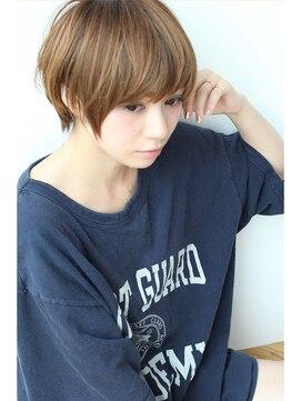 ネオボーイッシュショート 髪型