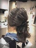 ヴェジールヘアデザイン(Vezir hair design)キレイめヘアセット