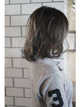 フィフス ヘアー(FIFTH hair)の写真/女性らしい柔らかな印象、透明感のある美しい髪色を提供致します☆ご要望とトレンドをプラスしたスタイル!!