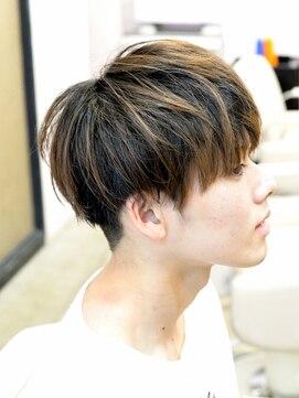 【特徴別】メンズにおすすめのマッシュの髪型・セット方法