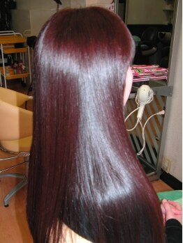 カットイン マユミ(MAYUMI)の写真/女度UPの秘訣は艶のある綺麗な髪!今まで傷んで見えていた髪もツヤ髪に変えるM3D縮毛矯正をお試し下さい!