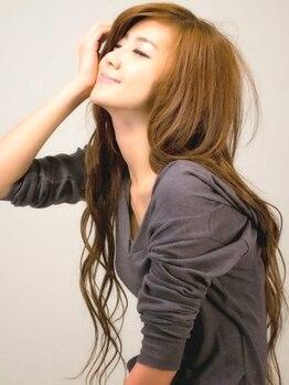 ワイズヘアー(Y's hair)の写真/【全員クーポン多数ご用意♪】経験豊富なスタイリストのハイレベルな施術☆再現性の高い納得のスタイル!