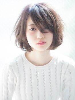 ヘアーメイク スカンク(Hair Make SKUNK)の写真/クセさえ活かすハイセンスなカット技術で小顔に魅せるショートstyleへ♪スタイルチェンジはSKUNKにお任せ★