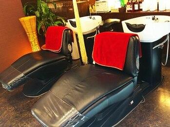 ラフテルピースの写真/ヘアケアにこだわった≪COTAのエヴァーリーフ≫使用♪フルフラットのシャンプー台で極上ヘッドスパ体験…*