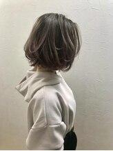フローレス バイ ヘッドライト 吉祥寺店(hair flores by HEADLIGHT)秋冬向けニュアンスカールボブ
