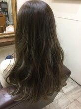 ファシオ ヘア デザイン(faccio hair design)モノトーングレージュ