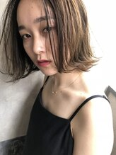 ナルーヘア(nalu hair)ベージュカラー × 大人ボブ