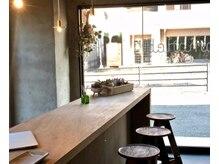 コモレビ(comorebi)の雰囲気(デザイナーが手掛ける、空間作りにこだわった上質なサロン。)