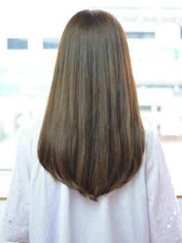 ヘア サロン イチャリ(hair salon ICHARI)の写真/さわりたくなる素髪感を実現 ! 気になるうねり、広がりを抑えてまっすぐ過ぎない自然な仕上がりに♪