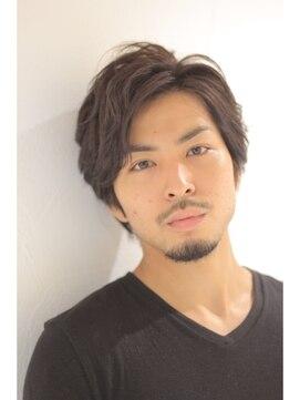 【メンズ・レディース別】丸顔の人に似合う髪型|黒髪/エラ張り