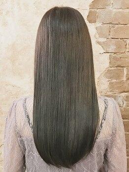 ボスコ(bosco)の写真/【ノンシリコンだから髪へのストレスゼロ♪縮毛矯正+カット¥7800】髪に優しいのに、しっかりクセを矯正!