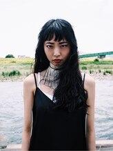 スープラム(SUPRAM)髪ロング