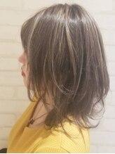 ヘアー アンド ケア コットン(Hair&care cotton)明度差ハイライト×レイヤー