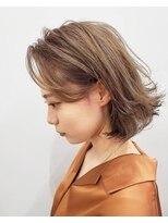エイム ヘアメイク 横川店(eim HAIR MAKE)ハイベージュ×切りっぱミディ