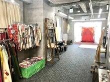 きものスタジオ京 浅草の雰囲気(店内には撮影ブースもあり!記念撮影にどうぞ。)