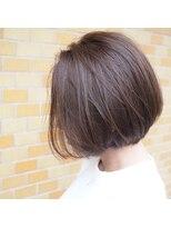 ノエル ヘアー アトリエ(Noele hair atelier)『Noele』前下がりグラボブにアッシュグレージュ☆