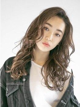 アース 横浜店(HAIR&MAKE EARTH)の写真/お手入れ簡単◎最先端のパーマ技術で髪へのダメージを最小限にし、艶のある柔らかいスタイルを実現♪