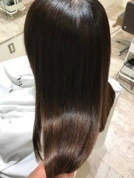 グリフィカ(griFFica)の写真/【髪質改善ヘアエステ】髪の毛を綺麗に維持していきたい…ツヤが欲しい。そんな女性の願い叶えます◎